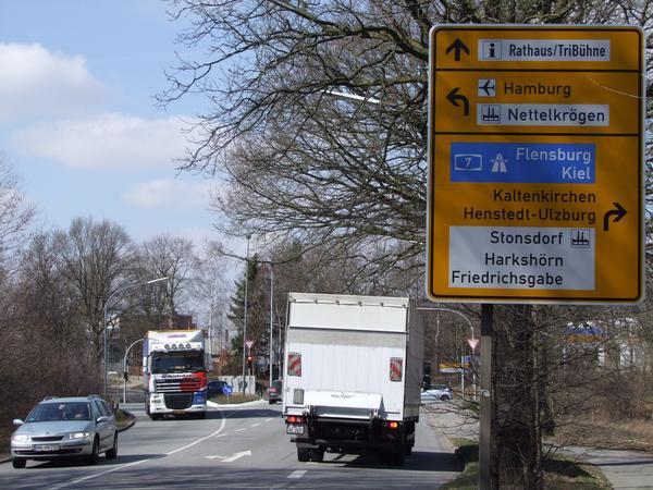 Bild Lkw lenkung 1 SH Straße 30032011