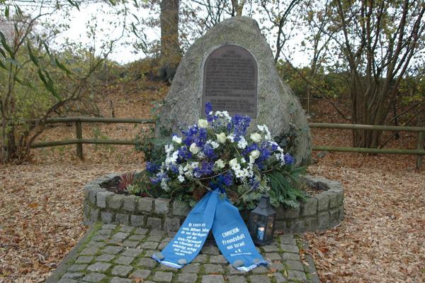 Gedenken Reichs-Pogromnacht KZ Gedenkstätte Wittmoor 09 11 11 036